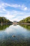 Lavage de jour de mail national de Lincoln Memorial Over Reflecting Pool images libres de droits
