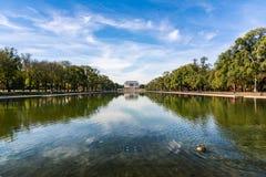 Lavage de jour de mail national de Lincoln Memorial Over Reflecting Pool Photographie stock