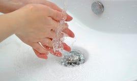 Lavage de main Images libres de droits