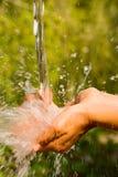 Lavage de mains. Photographie stock libre de droits