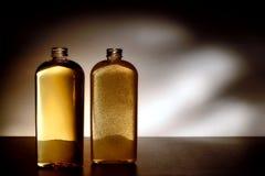 A lavagem e o corpo cosméticos do cuidado da higiene esfregam frascos Fotos de Stock Royalty Free