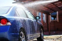 Lavaggio dell'automobile immagine stock libera da diritti
