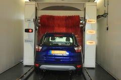 Lavaggio di automobile automatico immagini stock libere da diritti