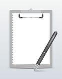 Lavagna per appunti con la penna Immagini Stock Libere da Diritti