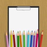 Lavagna per appunti vuota con e colore Fotografie Stock