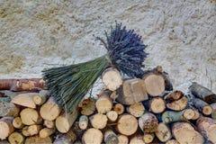 Lavander auf blockwoods Lizenzfreie Stockbilder