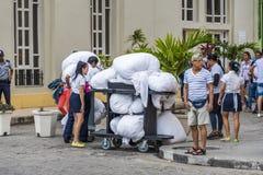 Lavanderia dell'hotel pronta per la raccolta Fotografia Stock Libera da Diritti