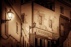 Lavanderia - tvätterit shoppar Royaltyfri Foto