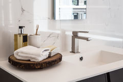 Lavandino del bagno fotografie stock libere da diritti
