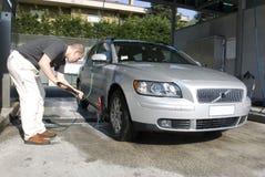 Lavando o carro Imagens de Stock
