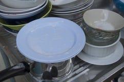 Lavando os pratos fotos de stock royalty free