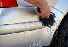 Lavar el coche Foto de archivo libre de regalías