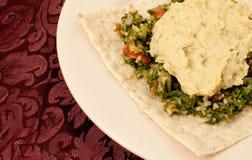 Lavash met Hummus en Tabbouleh Royalty-vrije Stock Foto's