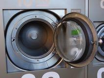 Lavatrice della lavanderia automatica Fotografia Stock