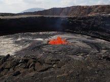 Lave à l'intérieur de volcan de bière anglaise d'Erta, Ethiopie Images stock