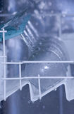 Lave-vaisselle en cours photos libres de droits