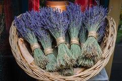 Lavendel-Bündel stockfotografie