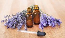 Lavendel en etherische oliën royalty-vrije stock foto