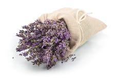 Lavendel i en säck med bandet Royaltyfri Fotografi