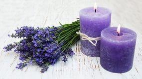 Lavendel und Kerzen Lizenzfreies Stockbild
