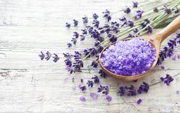 Lavendelbadekurorthintergrund Stockbild