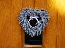 Lavendelkroon in een hartvorm Royalty-vrije Stock Foto's