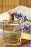 Lavendelolja royaltyfria bilder