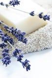 Lavendelseife stockbilder