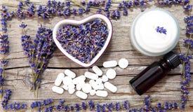 Lavender καλλυντικά στοκ εικόνες με δικαίωμα ελεύθερης χρήσης