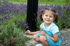 lavender κοριτσακιών Στοκ εικόνα με δικαίωμα ελεύθερης χρήσης