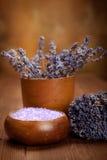 lavender λουτρών άλας Στοκ φωτογραφία με δικαίωμα ελεύθερης χρήσης