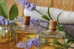Lavender πετρέλαια Στοκ φωτογραφίες με δικαίωμα ελεύθερης χρήσης