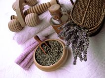 lavender σύνθεσης προσοχής σωμάτων ομορφιάς προϊόντα Στοκ Φωτογραφία