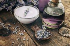 Lavender spa ρύθμιση Στοκ φωτογραφίες με δικαίωμα ελεύθερης χρήσης