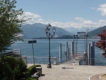Laveno molo na Jeziornym Maggiore, Północny Włochy zdjęcia stock
