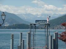 Laveno molo na Jeziornym Maggiore, Północny Włochy zdjęcia royalty free