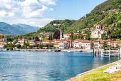 Laveno-Mombello на озере Maggiore, Италии Стоковая Фотография
