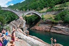 Lavertezzo, Verzasca谷,提契诺州,瑞士,欧洲小行政区  免版税库存图片