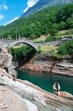 Lavertezzo, Verzasca谷,提契诺州,瑞士,欧洲小行政区  免版税库存照片