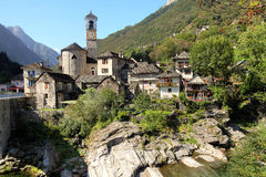 Lavertezzo, долина Verzasca, Швейцария Стоковая Фотография RF