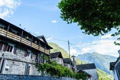 Lavertezzo, valle di Verzasca, il Ticino, Svizzera Fotografia Stock Libera da Diritti