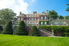 Lavish beautiful mansion  exterior Royalty Free Stock Photos