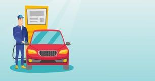 Lavoratore che riempie combustibile nell'automobile alla stazione di servizio royalty illustrazione gratis