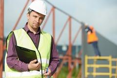 Lavoratore del gestore del costruttore al cantiere Fotografia Stock