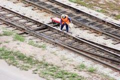 Lavoratore sul concetto delle ferrovie Uomo Fotografie Stock