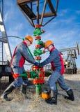 Lavoratori del giacimento di petrolio Immagine Stock Libera da Diritti