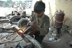 Lavori infantili in India. Fotografie Stock