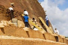 Lavoro Archaeological di conservazione, Sri Lanka Fotografia Stock