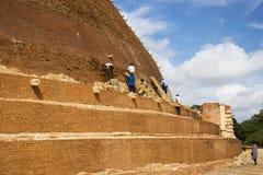 Lavoro Archaeological di conservazione, Sri Lanka Fotografie Stock