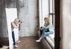 Lavoro del fotografo in lavorazione Fotografia Stock Libera da Diritti